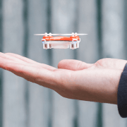 rage-nano-drone-verydrone-hand-mini